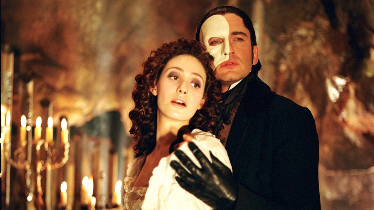 the phantom of opera 2004 ending a relationship